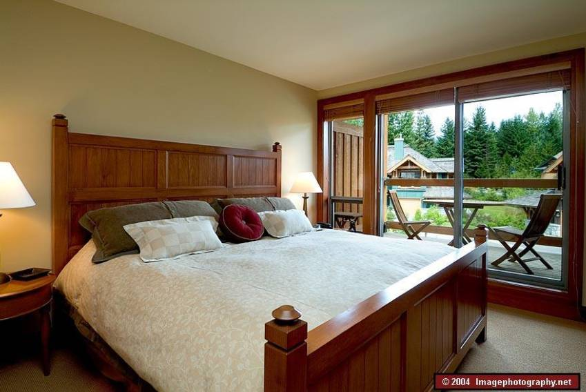 A modern master bedroom at Montebello