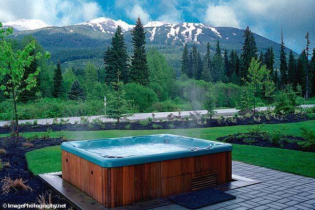 Private hot tub in a Montebello property