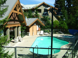 Glacier's Reach Accommodation in Whistler exterior photo