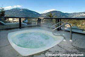 Powderhorn, Whistler hottub with a view.