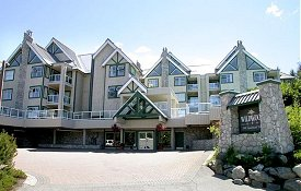 Wildwood Lodge - Located among the trees on Blackcomb Mountain