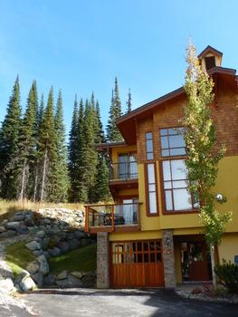 3 Bedroom Sun Peaks Vacation Rental - Trails Edge
