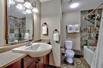 Master bathroom ensuite