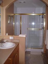 Ensuite Bathroom-View the sunsets or look at the skiers going down on MOGUL TRACK.
