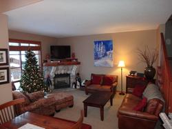 Open plan. Great room is well furnished and ready for you to rest and relax after a day in the snow, or to entertain.