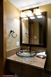 The ensuite bath vanity.
