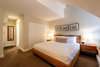 Master bedroom: include ensuite 4 piece bathroom, LCD TV, and lots of closet space. King bed.