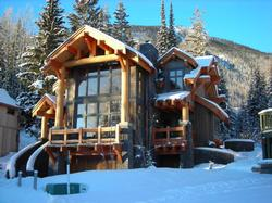 Welcome to Black Wolf Chalet a Beautiful Kicking Horse Mountain Resort Home