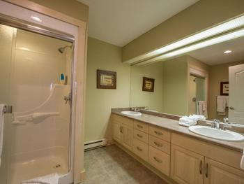 Bunk Room Ensuite with 2 sinks and double shower.