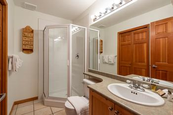 Main Level Bathroom with insuite laundry