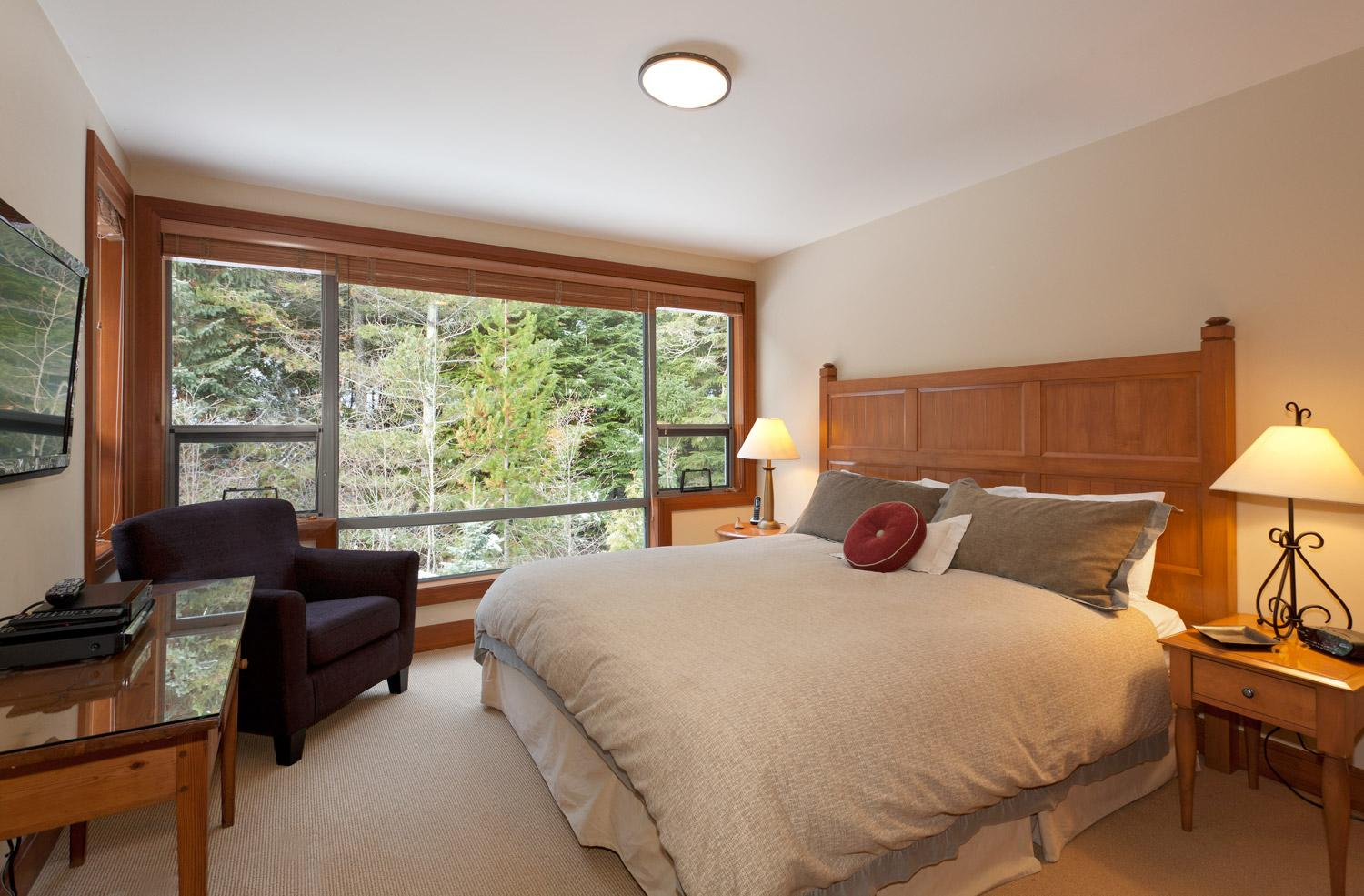 Whistler Ideal Accommodations 4 Bedroom Including Den At Montebello Whistler Vacation Rental