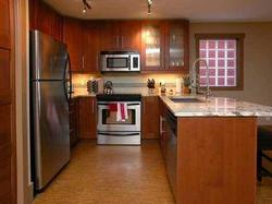 Fully equipped kitchen, heated flooring. A gourmet cook's dream.
