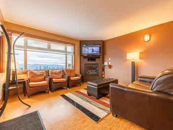 Open living space with a view to Happy Valley, New 4K UHD TV, Bluetooth Sound Bar, Google Chromecast!