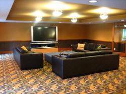 Guest lounge, you can enjoy a book or a movie or a TV show on the big screen TV.