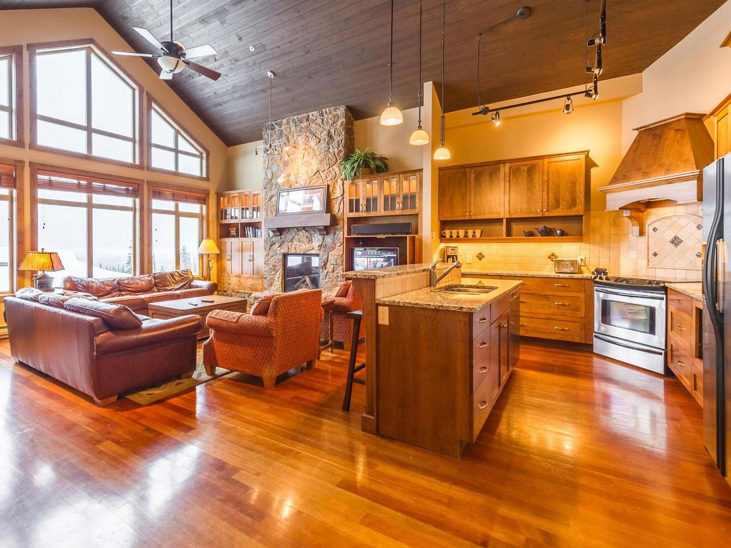 Spacious, Outstanding Living Area With Handsome Furniture, Fireplace, 24u0027  Vaulted Wood Ceiling ...