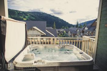 The hot tub...a great way to relax after a big day on the slopes!