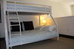 Bunk bed in loft ... sleeps 3