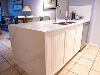 Gorgeous new kitchen worktop & waterfall edge