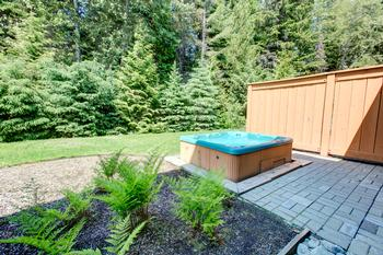 Being able to relax is a must when vacationing in the mountains, so we provide your own private hot tub.