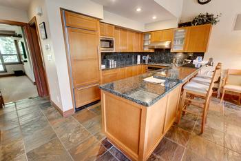 Nice large luxury kitchen with everything it, right down to the cork screw !!