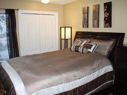 The Master Bedroom has comfortable linens and has an ensuite.