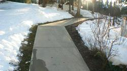 LATEST EDITION NEW HEATED PATHWAY TO THE SLOPE FROM THE WOODRUN POOL EXIT NOW THATS COMFORT