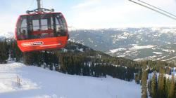 SY ACCESS FROM bLACKCOMB TO wHISTLER MOUNTAIN VIA PEAK TO PEAK GONDOLA