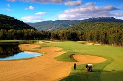Many world class golf courses in Mont-Tremblant
