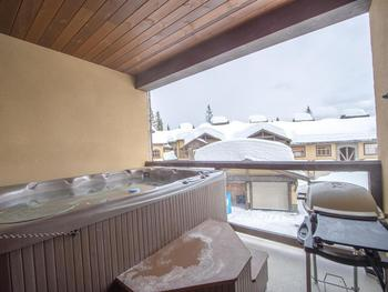Private hot tub with BBQ on the deck