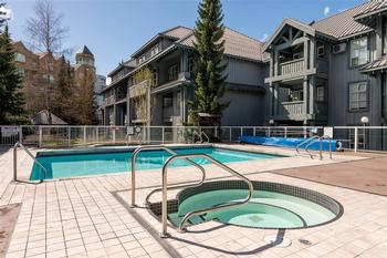 Communal Outdoor Pool and Hot Tubs