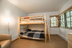 Second bedroom: bunk bed consisting of 2 double beds