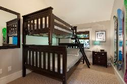 Bedroom #4: bunk bed consisting of a double and single bed