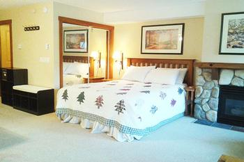 Sun Peaks Studio Accommodation - Fireside Lodge - #3474