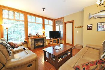 Sun Peaks 1 Bedroom Accommodation - Settlers Crossing - #3495