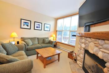 Sun Peaks 2 Bedroom Accommodation - Crystal Forest - #3541