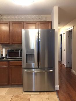 NEW STAINLESS FRIDGE WITH WATER AND ICE MAKER