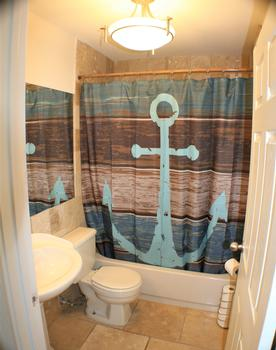 ENSUITE BATHROOM WITH BATHTUB