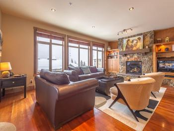 Unit 22 - open floor plan, fireplace and modern electronics