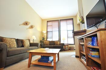 Sun Peaks 2 Bedroom Accommodation - Stone's Throw - #3588