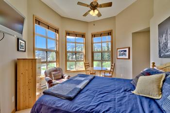 Sun Peaks 4 Bedroom Accommodation - Crystal Forest - #3593