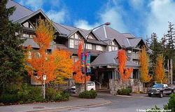 Glacier Lodge Front entrance in the Fall