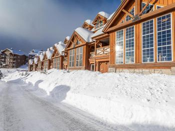 3 Bedroom Big White Vacation Rental - Black Bear II