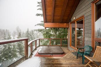 Brand new private hot tub with amazing views of both Whistler and Blackcomb Mountains