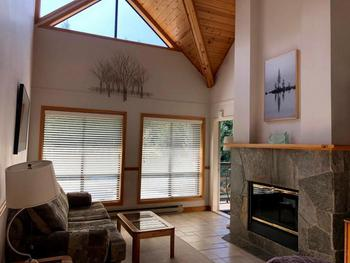 Whistler 3 Bedroom Accommodation - Powderhorn - #3769