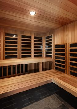 Huge Sauna! Plenty of room for most of your group at the same time. Great place to warm up after a chilly day on the slopes.