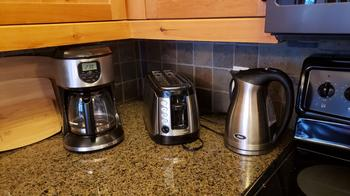 Drip coffee maker, toaster and kettle