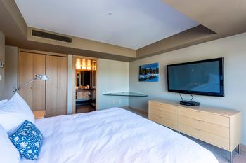 Master Bedroom: King bed with TV and ensuite bathroom