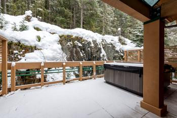 Private back deck with hot tub and BBQ