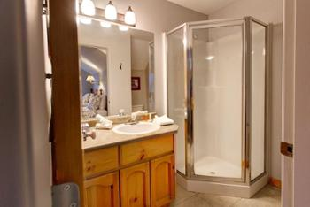 Bathroom Attached to 2 TWIN bedroom