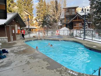 Glaciers Reach Complex Pool / Hot Tub